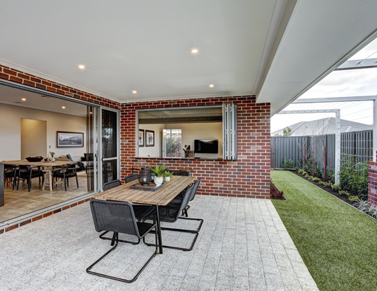 Alkira display home by Summit Homes